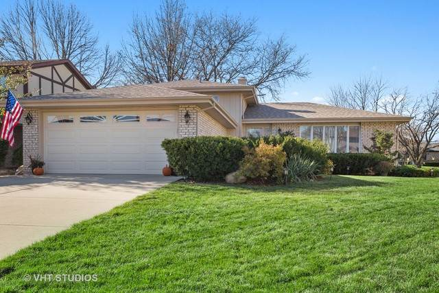1124 N Honey Hill Road, Addison, IL 60101 (MLS #10931442) :: BN Homes Group