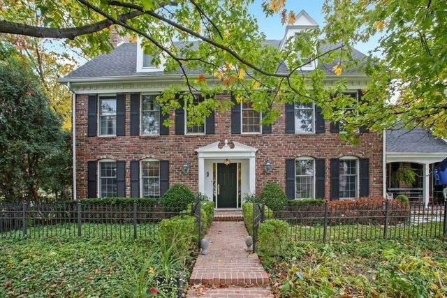 66 Horseshoe Lane, Lemont, IL 60439 (MLS #10931464) :: John Lyons Real Estate