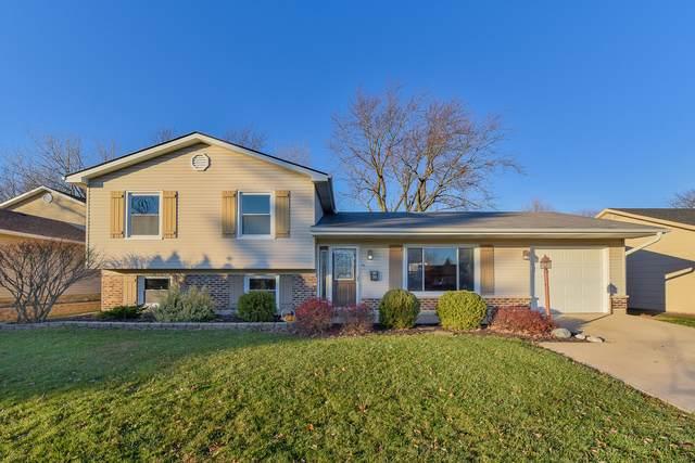 760 White Birch Lane, Lake Zurich, IL 60047 (MLS #10932521) :: John Lyons Real Estate