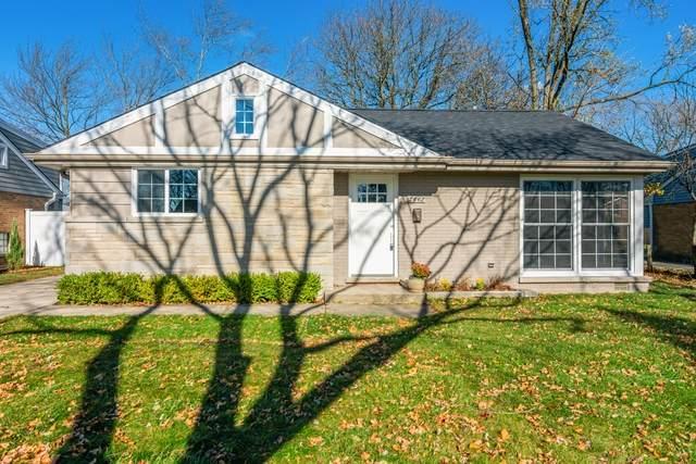 7442 Churchill Street, Morton Grove, IL 60053 (MLS #10932750) :: Helen Oliveri Real Estate
