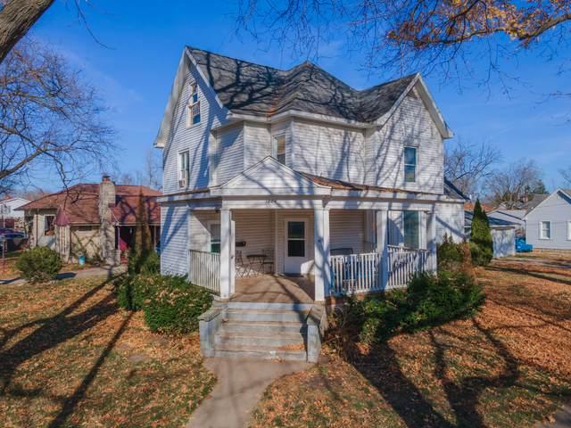 1004 N Chicago Street, Pontiac, IL 61764 (MLS #10933142) :: BN Homes Group