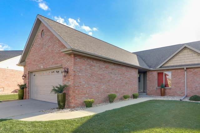 3903 Dunloe Place, Bloomington, IL 61704 (MLS #10933546) :: John Lyons Real Estate