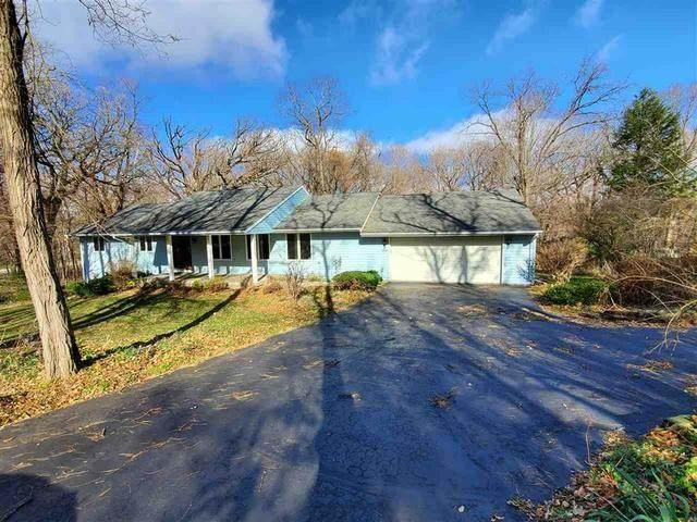 4894 E Nordic Woods Drive, Byron, IL 61010 (MLS #10933641) :: John Lyons Real Estate