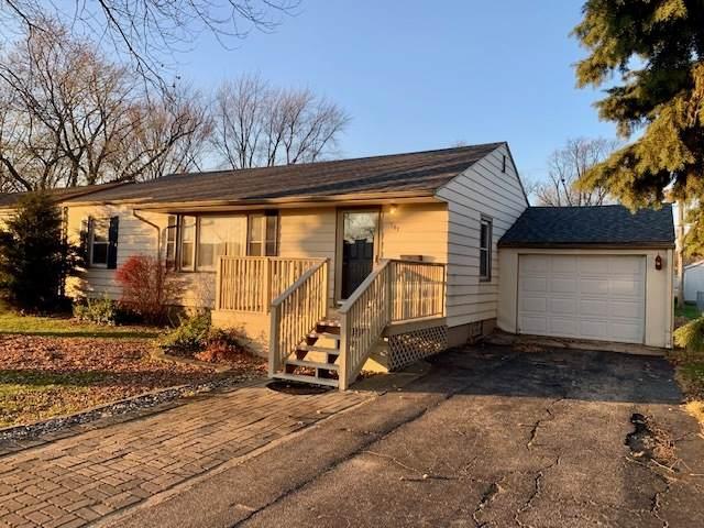 747 W Brookmont Boulevard, Bradley, IL 60915 (MLS #10933745) :: John Lyons Real Estate