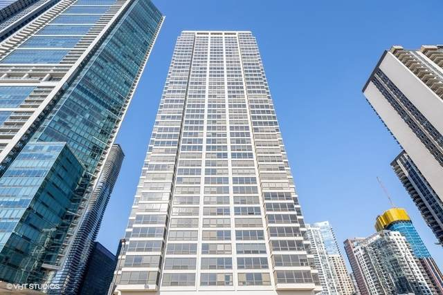 360 E Randolph Street #1002, Chicago, IL 60602 (MLS #10934870) :: Helen Oliveri Real Estate