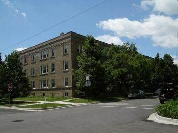 4450 Winchester Avenue - Photo 1