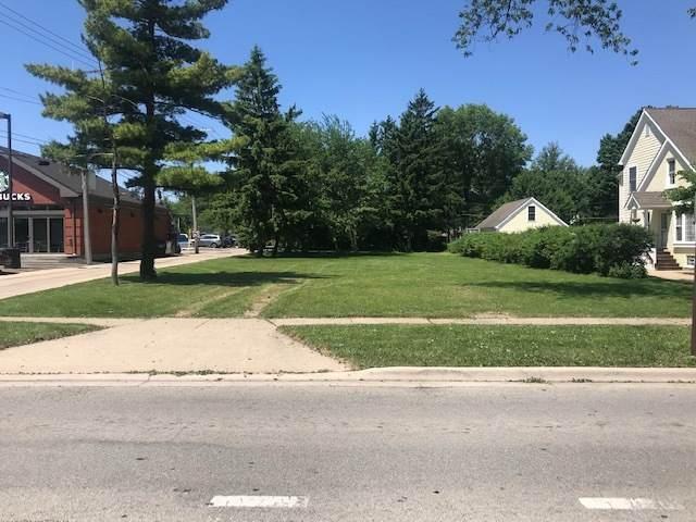 4636 Gilbert Avenue, Western Springs, IL 60558 (MLS #10935250) :: Lewke Partners