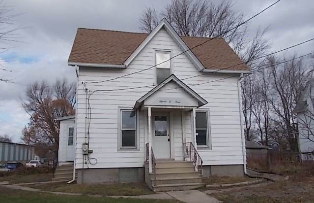 1103 Oak Street, Dekalb, IL 60115 (MLS #10936552) :: BN Homes Group