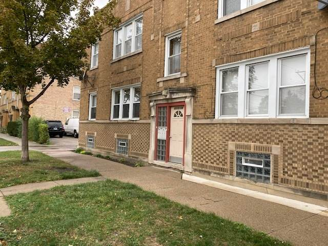 5510 W Barry Avenue #2, Chicago, IL 60641 (MLS #10936921) :: Lewke Partners