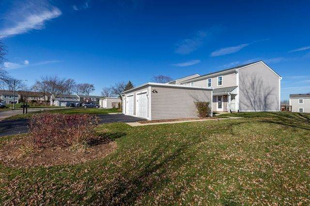 1346 Northampton Lane, Roselle, IL 60172 (MLS #10936937) :: The Wexler Group at Keller Williams Preferred Realty