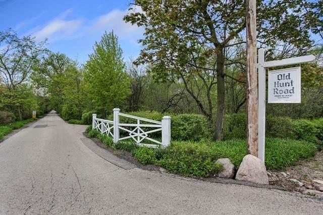 16 Old Hunt Road, Northfield, IL 60093 (MLS #10937065) :: Lewke Partners