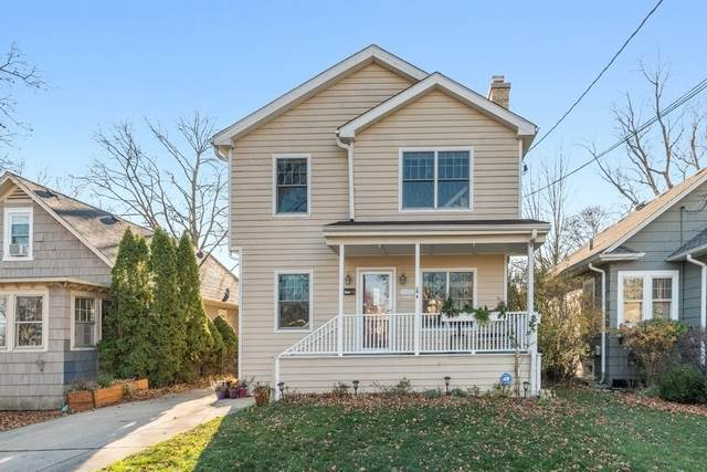860 Pleasant Avenue, Highland Park, IL 60035 (MLS #10937500) :: Lewke Partners