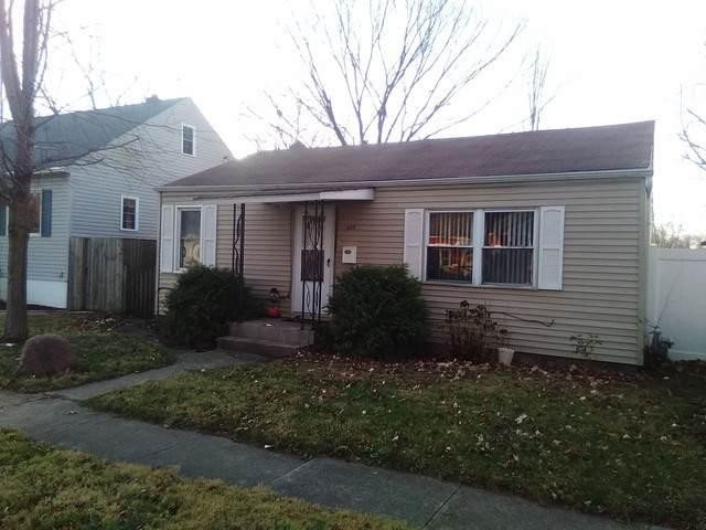 329 S Dearborn Avenue, Bradley, IL 60915 (MLS #10937904) :: John Lyons Real Estate