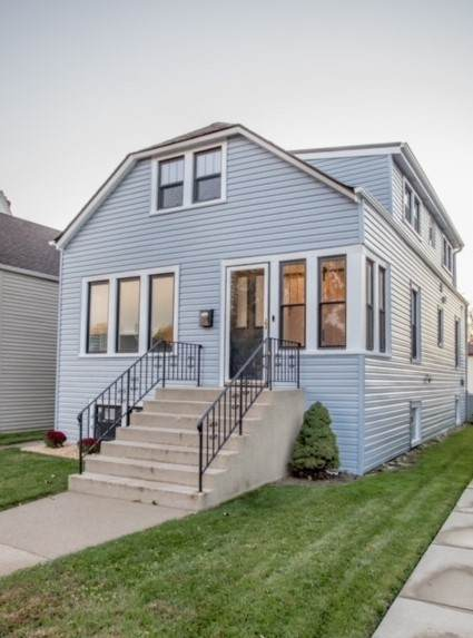 5502 N Mason Avenue, Chicago, IL 60630 (MLS #10938955) :: Lewke Partners