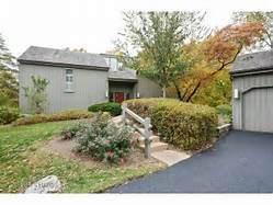 26375 W Mallard, Lake Barrington, IL 60010 (MLS #10939143) :: Lewke Partners