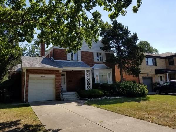6651 N Keating Avenue, Lincolnwood, IL 60712 (MLS #10939526) :: BN Homes Group