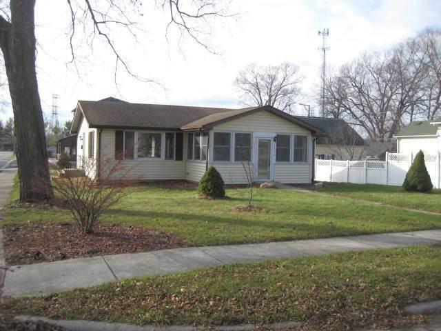 402 N Kankakee Street, Wilmington, IL 60481 (MLS #10940055) :: John Lyons Real Estate