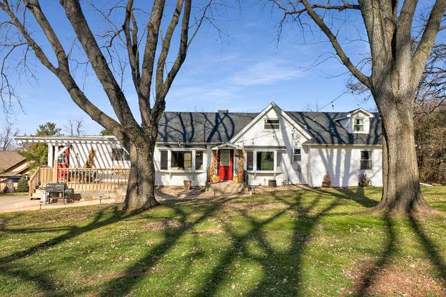 4611 Terra Cotta Road, Crystal Lake, IL 60012 (MLS #10940289) :: Property Consultants Realty