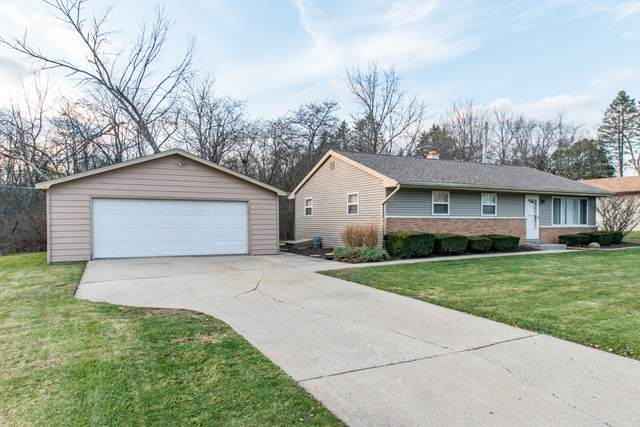 3412 Clover Lane, Zion, IL 60099 (MLS #10940344) :: BN Homes Group