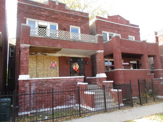1040 N Central Park Avenue, Chicago, IL 60651 (MLS #10943082) :: BN Homes Group