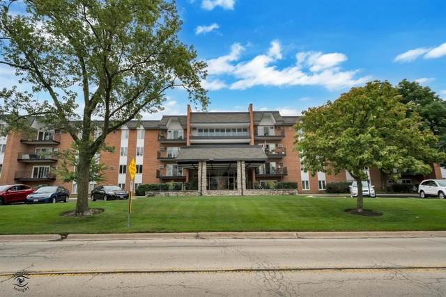 4221 Saratoga Avenue 107A, Downers Grove, IL 60515 (MLS #10947038) :: The Spaniak Team