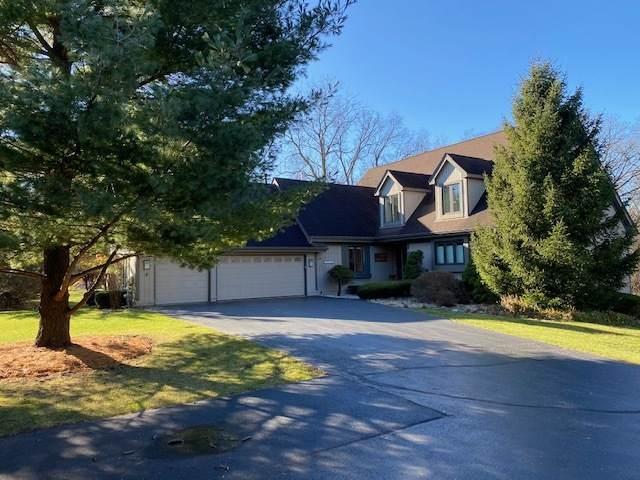 15111 Shamrock Lane, Woodstock, IL 60098 (MLS #10947206) :: Janet Jurich
