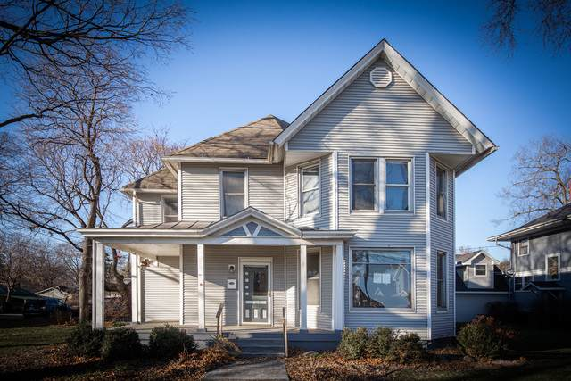 705 Richard Street, Henry, IL 61537 (MLS #10948771) :: Suburban Life Realty