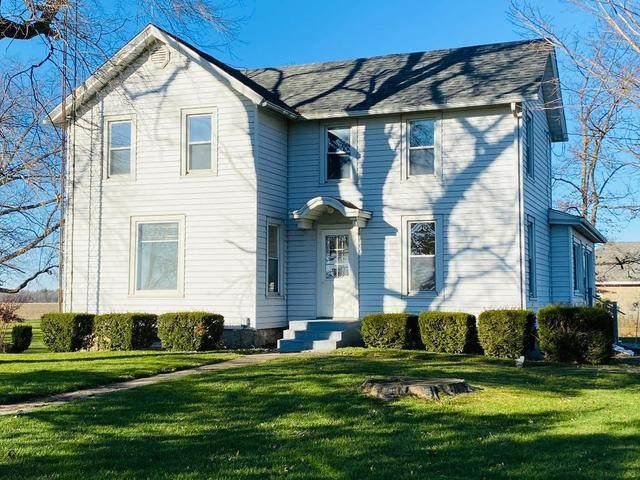 1700 W Goodfarm Road, Dwight, IL 60420 (MLS #10949360) :: Schoon Family Group