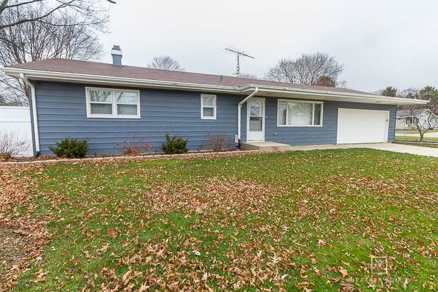 305 N Oak Street, Waterman, IL 60556 (MLS #10949759) :: Jacqui Miller Homes