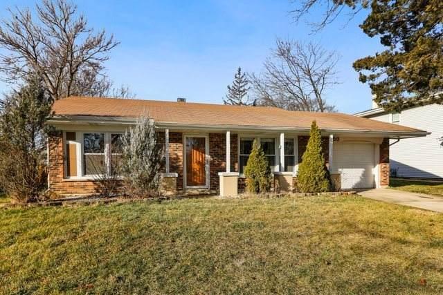 153 Newport Drive, Bolingbrook, IL 60440 (MLS #10954849) :: Jacqui Miller Homes