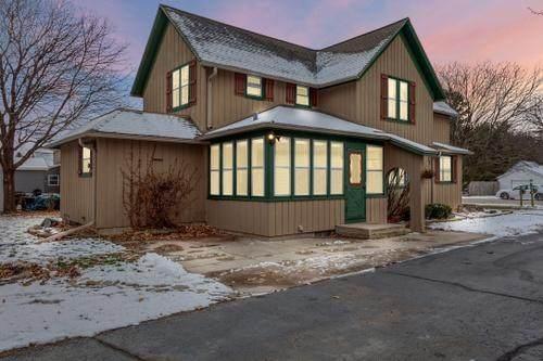1499 Center Street, Burlington, WI 53105 (MLS #10955783) :: Schoon Family Group