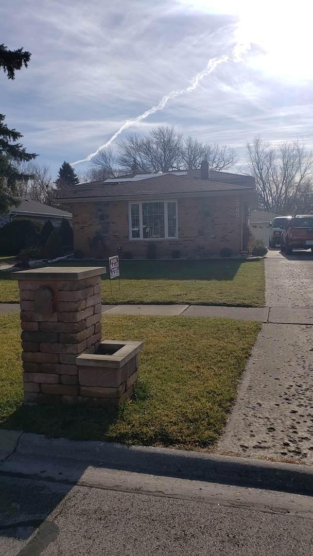 2225 Charmingfare Drive, Woodridge, IL 60517 (MLS #10955800) :: Helen Oliveri Real Estate