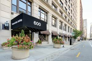 600 S Dearborn Street #1803, Chicago, IL 60605 (MLS #10958975) :: Helen Oliveri Real Estate