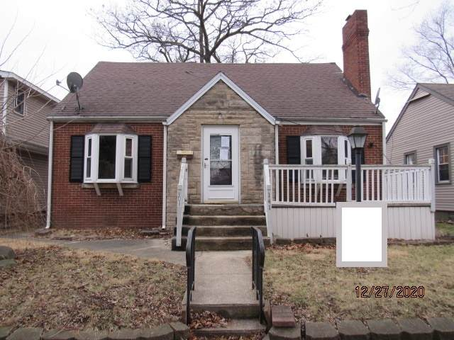 141 S Dearborn Avenue, Bradley, IL 60915 (MLS #10959026) :: Jacqui Miller Homes
