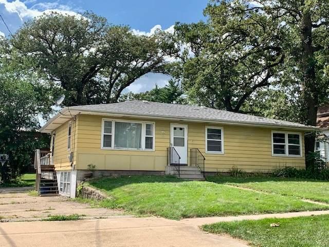 147 N Oak Street, Hinckley, IL 60520 (MLS #10960527) :: Schoon Family Group