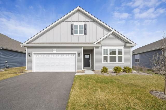 939 Crestview Lane, Pingree Grove, IL 60140 (MLS #10962934) :: Suburban Life Realty