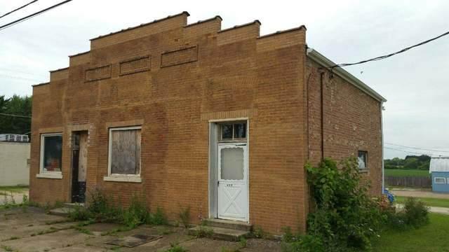 425 S Main Street, Burlington, IL 60109 (MLS #10964154) :: Jacqui Miller Homes