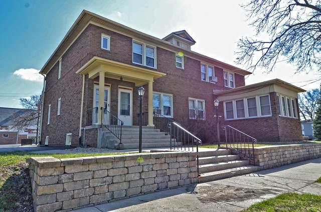 1110 Clinton Street, Ottawa, IL 61350 (MLS #10964578) :: The Wexler Group at Keller Williams Preferred Realty
