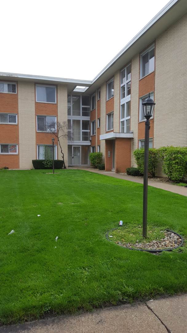 14633 Keystone Avenue 2C, Midlothian, IL 60445 (MLS #10966216) :: Jacqui Miller Homes