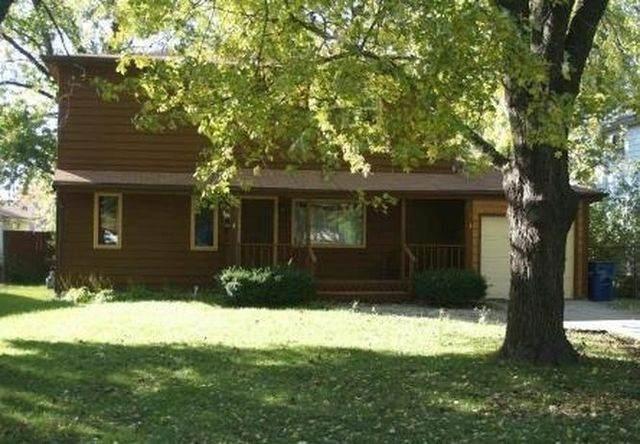 22016 Millard Avenue, Richton Park, IL 60471 (MLS #10967291) :: Schoon Family Group