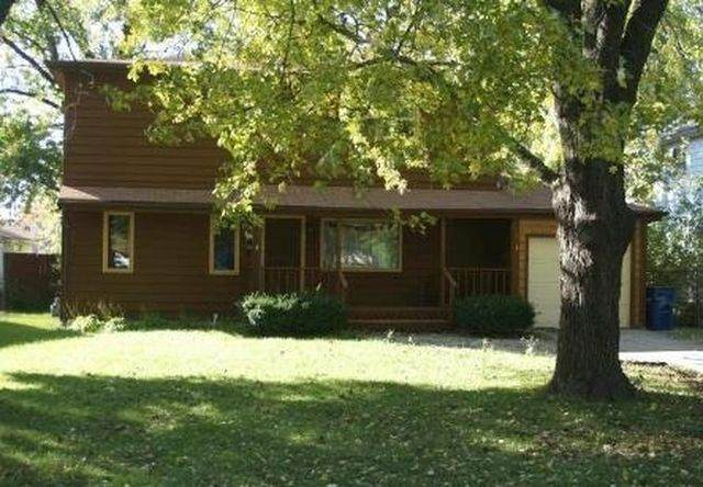 22016 Millard Avenue, Richton Park, IL 60471 (MLS #10967291) :: Suburban Life Realty