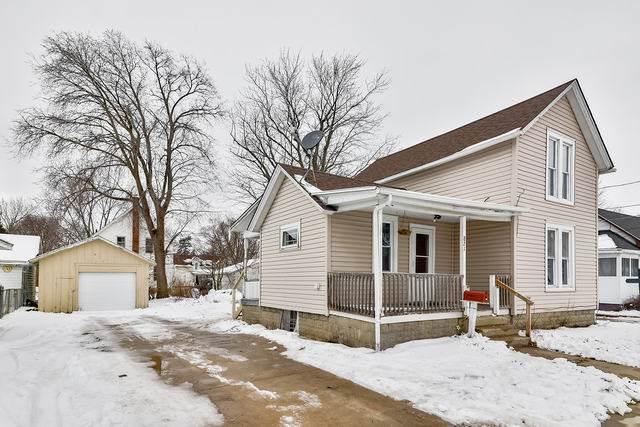 821 Fremont Street, Belvidere, IL 61008 (MLS #10970356) :: Schoon Family Group