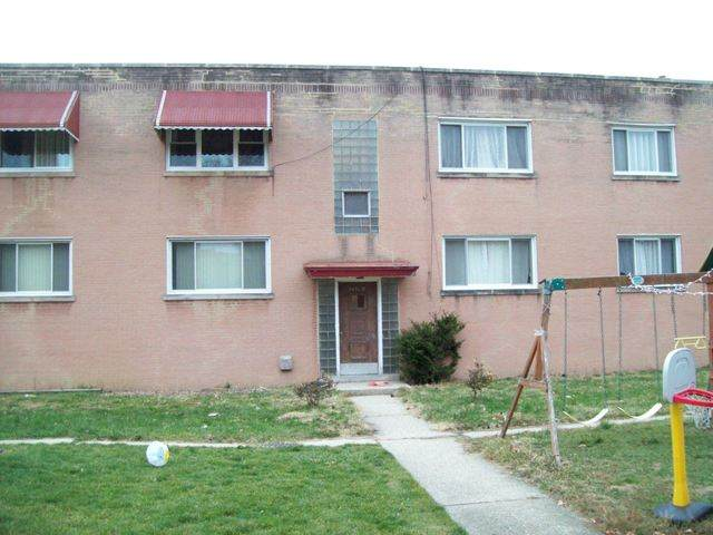 2436 W Berwyn Avenue 2E, Chicago, IL 60625 (MLS #10971146) :: Helen Oliveri Real Estate