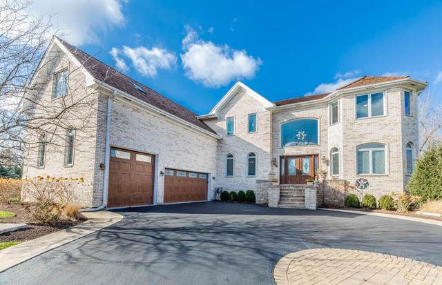 5 Enclave Way, Hawthorn Woods, IL 60047 (MLS #10971607) :: Helen Oliveri Real Estate