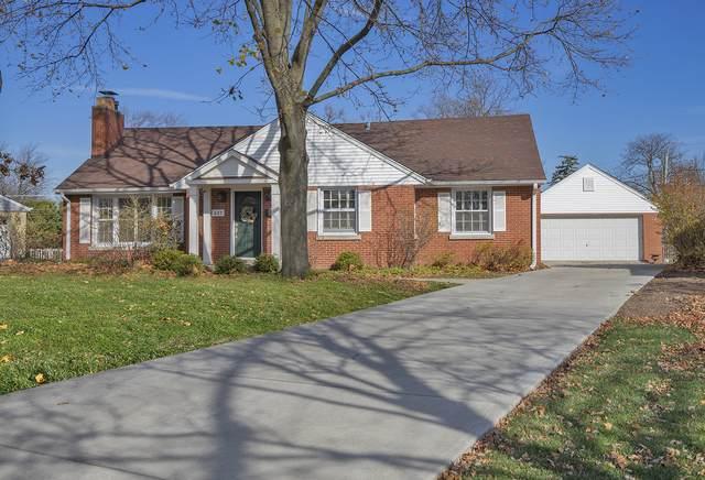 637 Garden Court, Glenview, IL 60025 (MLS #10971659) :: Helen Oliveri Real Estate