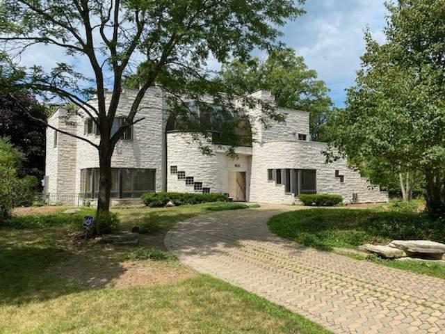 314 Shoreline Court, Glencoe, IL 60022 (MLS #10973140) :: Schoon Family Group