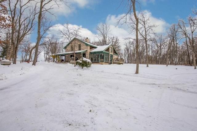 11250 Cemetery Road, Capron, IL 61012 (MLS #10973520) :: Jacqui Miller Homes