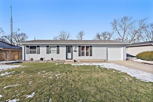 76 Sierra Road, Montgomery, IL 60538 (MLS #10974139) :: The Dena Furlow Team - Keller Williams Realty