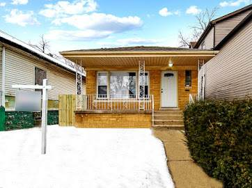 11950 S Lafayette Avenue S, Chicago, IL 60628 (MLS #10976913) :: Jacqui Miller Homes