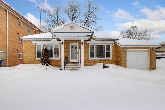 8012 Edgewater Road, North Riverside, IL 60546 (MLS #10978698) :: The Perotti Group